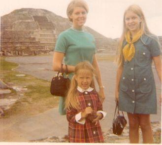 Mom, Lacy, Annie