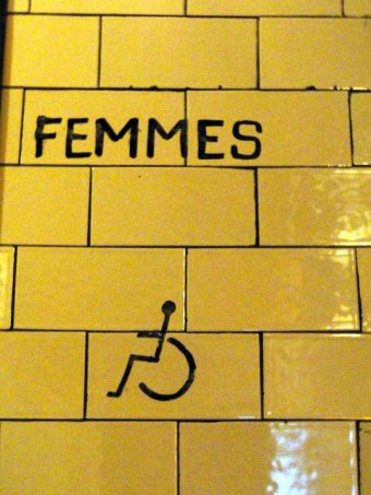 paris - ladies room