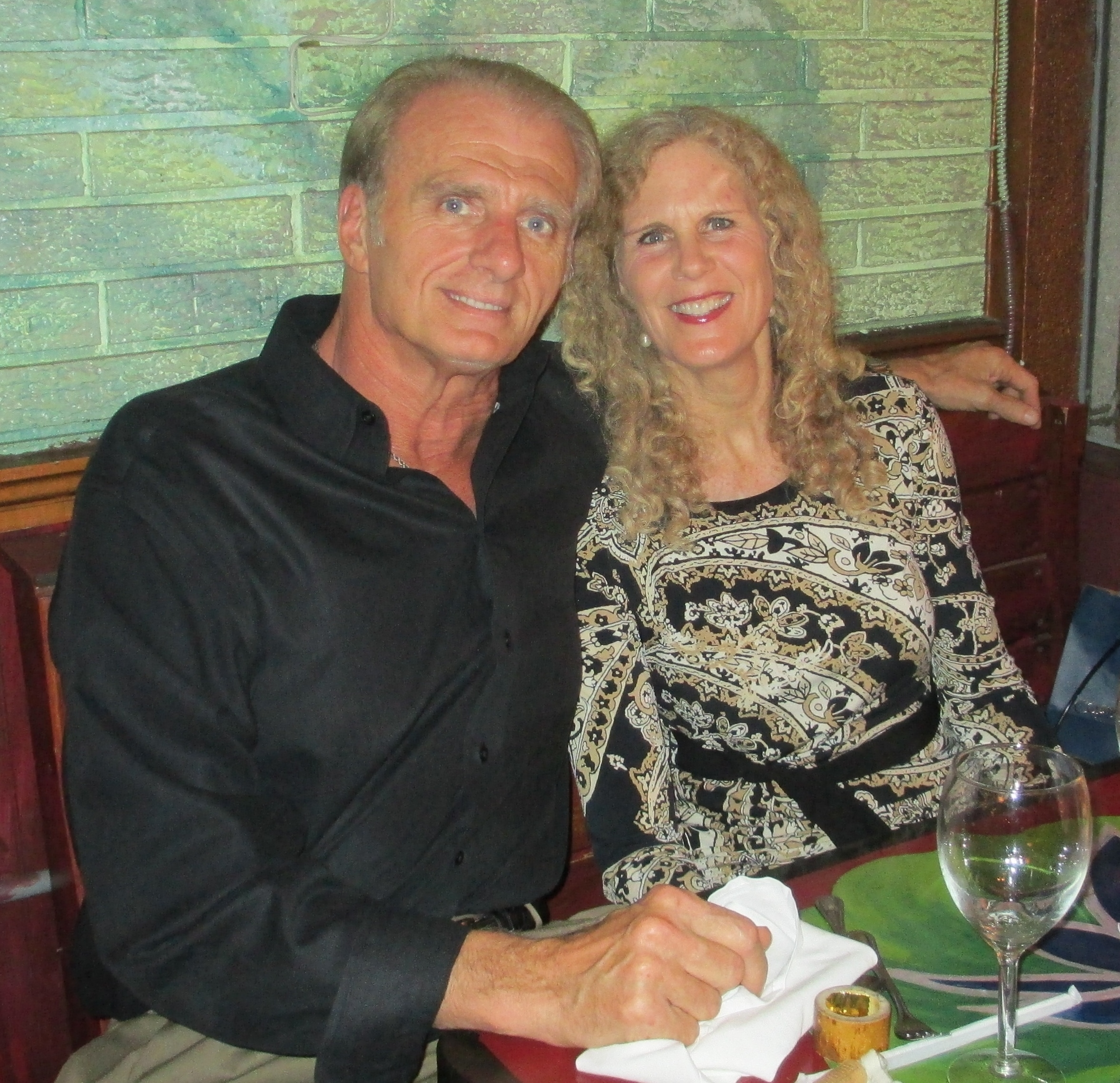 single fifties dating Single dating for over 50 24k likes meet local single seniors,just join us.
